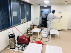 キッズスペースの抗ウイルス・抗菌対策(おむつ台)